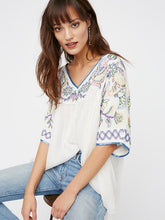 Load image into Gallery viewer, Popular Fashion Inwrought Floral-Print V Neck Half Sleeve T-Shirt Tops