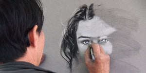 Drawing Female Face using Chalk on a wall - Samuel Castro - SENIIKU Marketplace