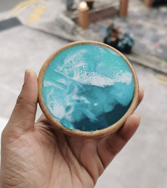 Ocean inspired resin coaster set