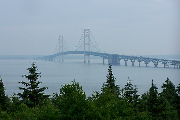 Do you know the correct pronunciation for Mackinac Bridge?