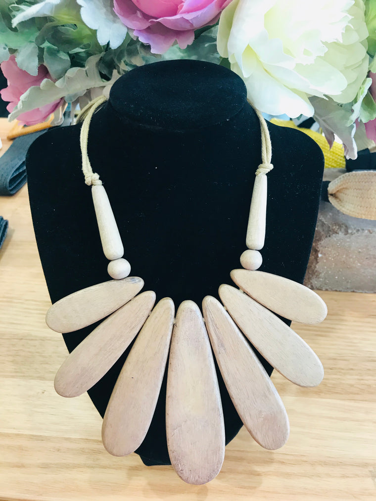 Natural Linwood Necklace