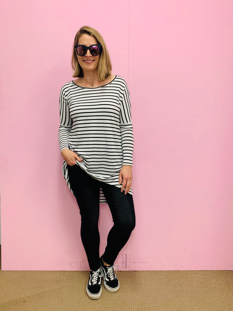 Slouch Tee in Black and White Stripe