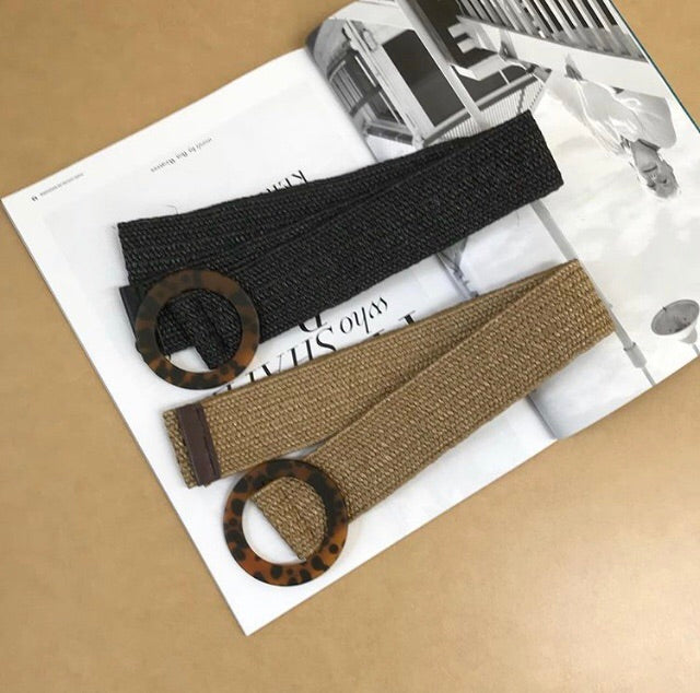 Beige stretch straw belt