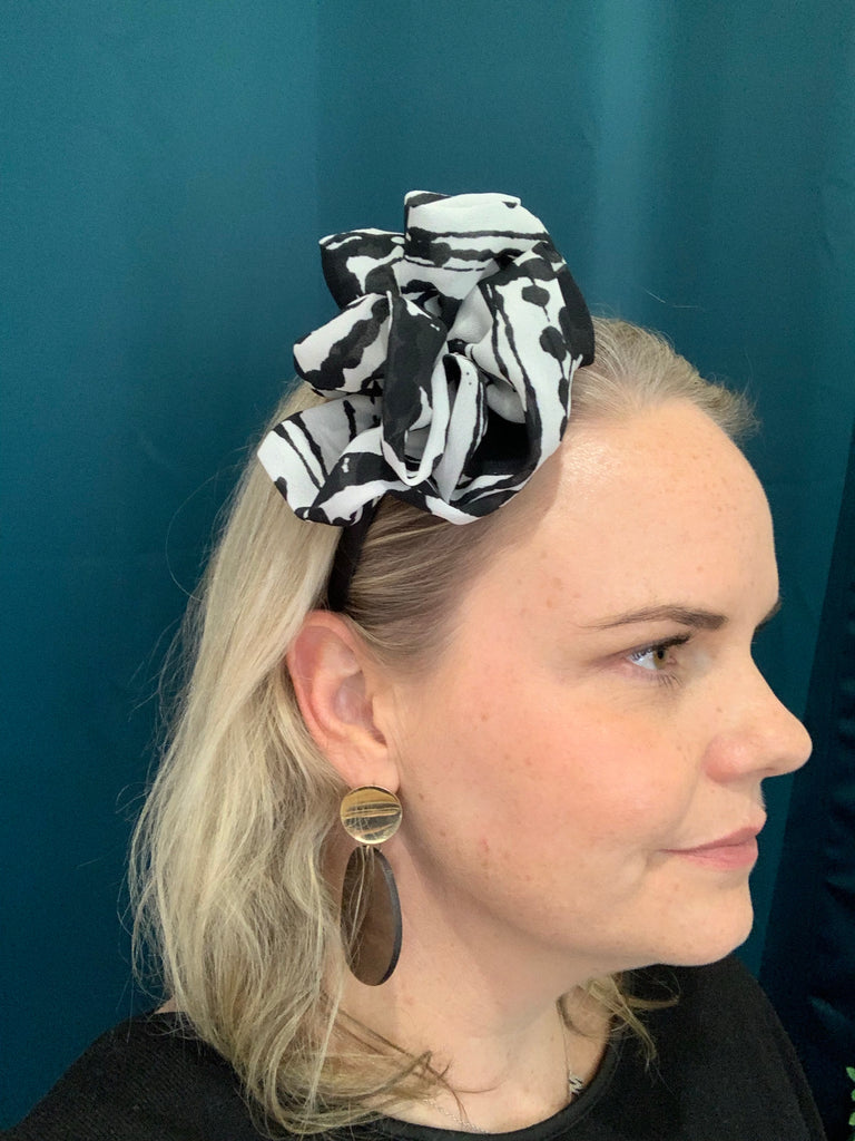 The Monique Fascinator