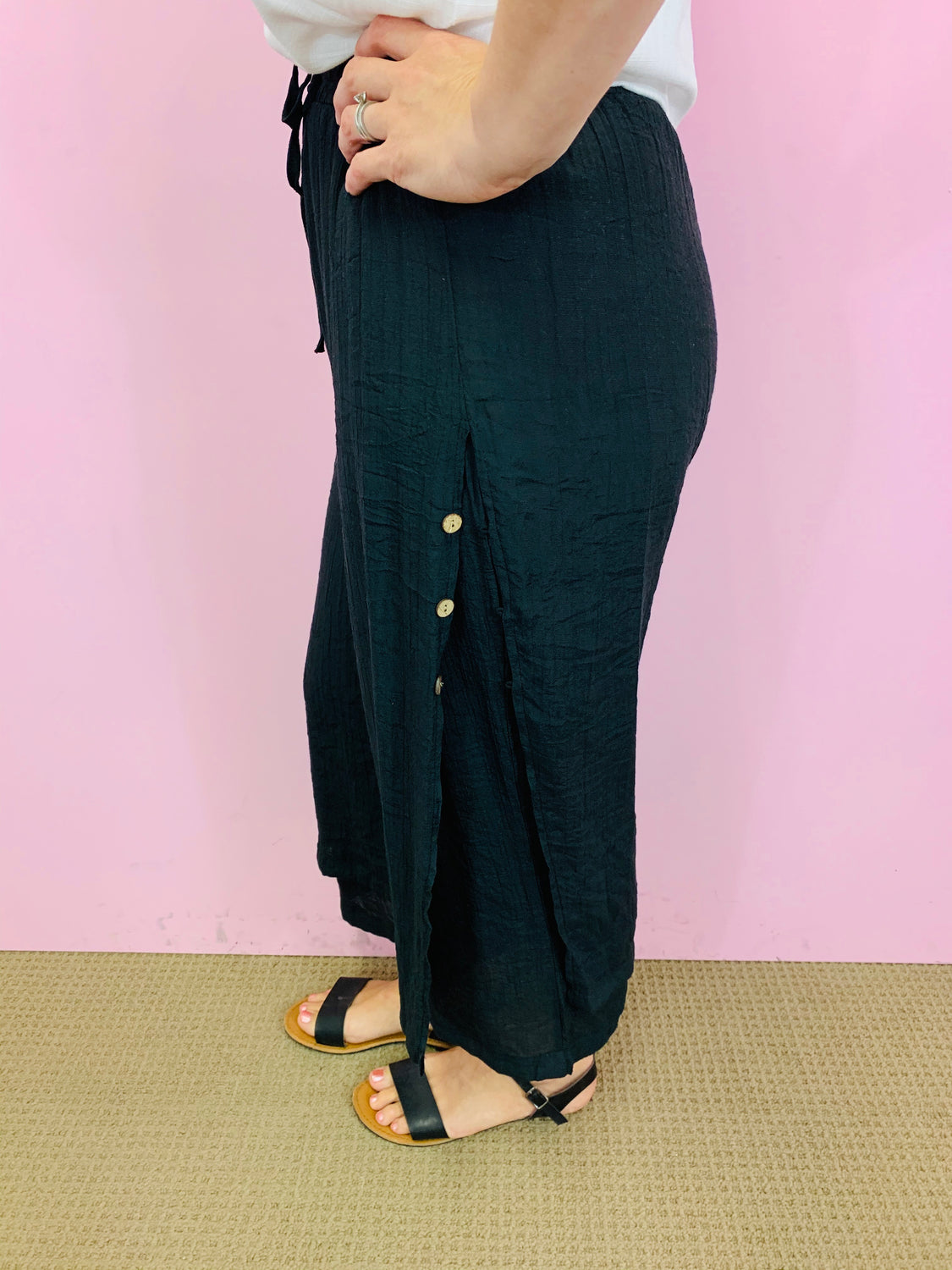 Culotte Pants with Buttons - Black