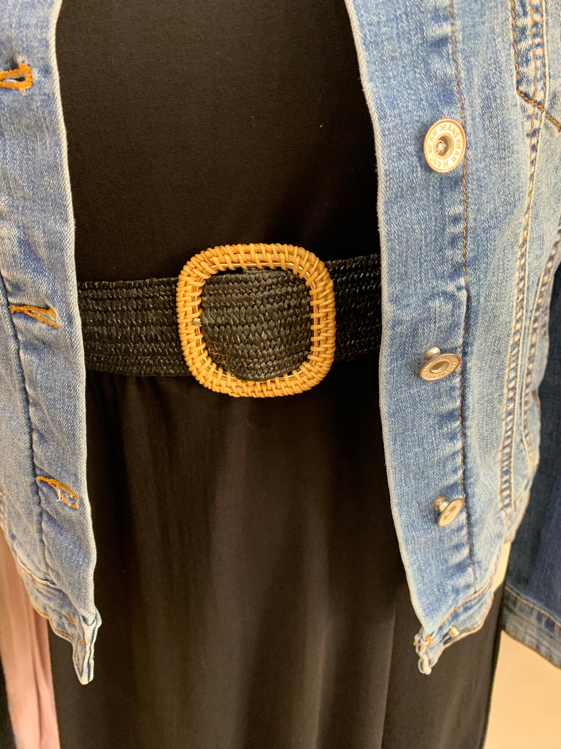 Black Stretch Straw belt - Square