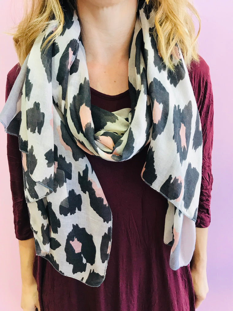 Grey and Dusty Pink Leopard Print Scarf