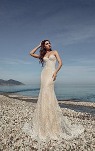 Floor-length Sweetheart Sleeveless Corset Back Lace Sheath Dress