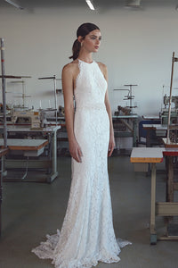 Elegant Lace Halter Sleeveless Sweep Train Wedding Dress