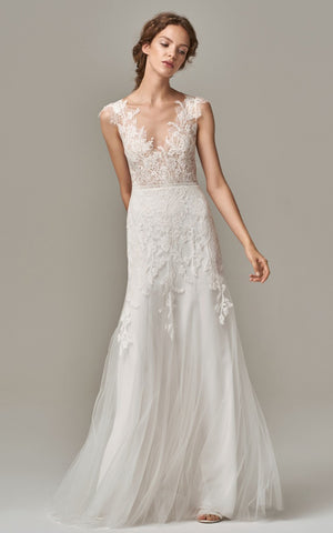 Elegant Sheath Sleeveless V-neck Lace Tull Floor-length Wedding Dress with V Back and Appliques