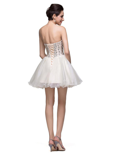 Glamorous Sweetheart Crystal Short Homecoming Dress 2018 Tulle