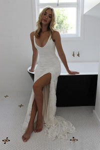 Sexy Beach Open Back Spaghetti Strap Lace Sheath Wedding Dress with Side Split