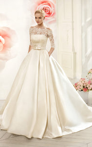 {DorrisDress}{Wedding Dress}-{714458}-front