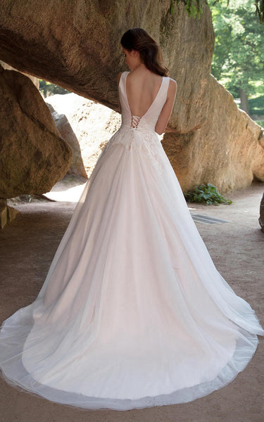 {DorrisDress}{Wedding Dress}-{714635}-back