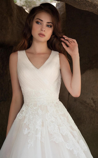 {DorrisDress}{Wedding Dress}-{714635}-top