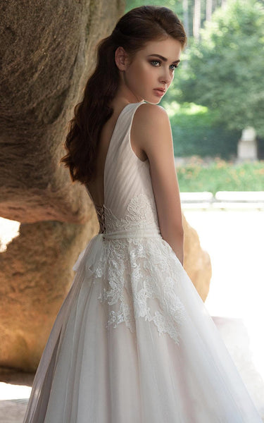 {DorrisDress}{Wedding Dress}-{714635}-side