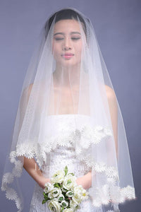 Simple Style Cathedral Long Wedding Veil with Flower Edge
