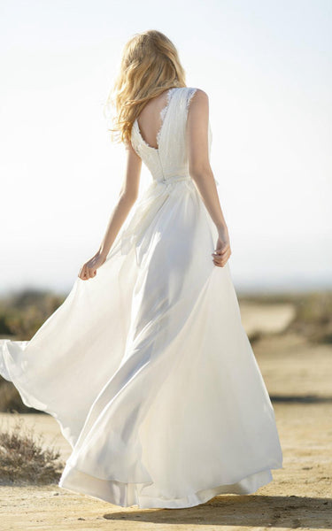 Boho V-Neck Sleeveless Long Chiffon Dress With Lace Bodice
