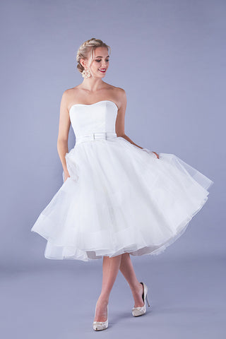 Simple Organza Aline Strapless Knee-length Bridal Gown with Ruching