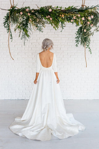 {DorrisDress}{Wedding Dress}-{ET_711539}-back