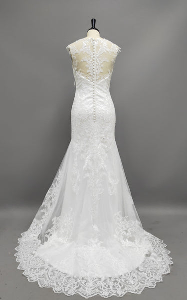 Delicate Scoop Neck Lace Wedding Dress With Illusion Back-HT_708822