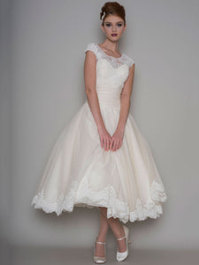 Tea-Length A-Line Scoop Neck Appliqued Cap Sleeve Tulle Wedding Dress-MK_705313