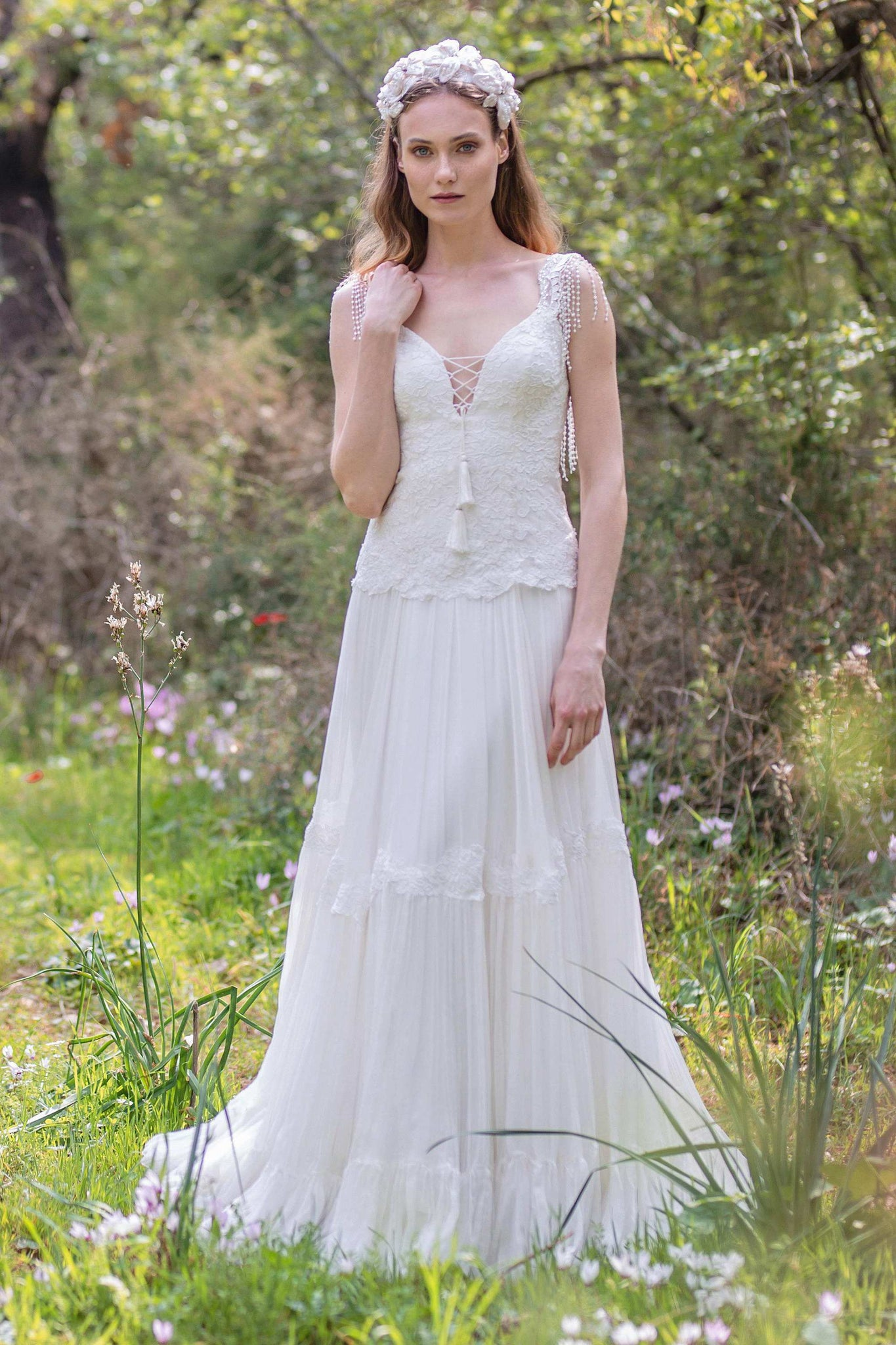 Plunged A-Line Pleated Wedding Dress With Appliques And Beading