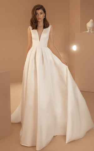 Simple Ball Gown V-neck Satin Sleeveless Floor-length Wedding Dress with Pockets and Sweep Train