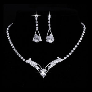Luxury Silver Plated Alloy Women Trendy Triangle Pendant Rhinestone Necklace Earrings Set