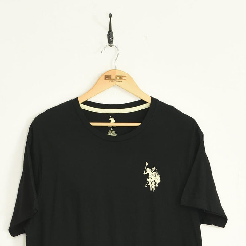 US Polo T-Shirt Black Large - BLOC Vintage Clothing