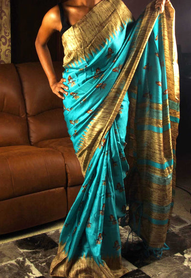 Blue Saree In Stylish Print