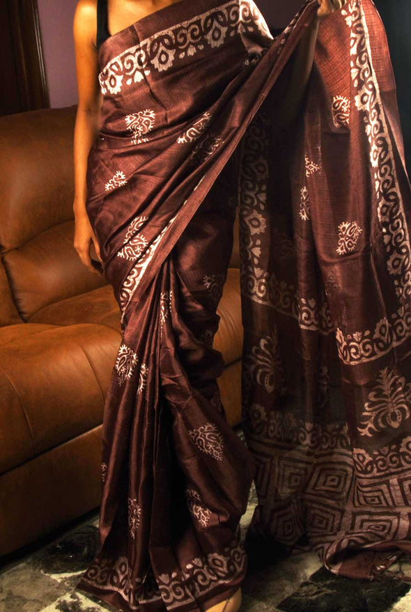 Wine Color Saree In Batik  Print