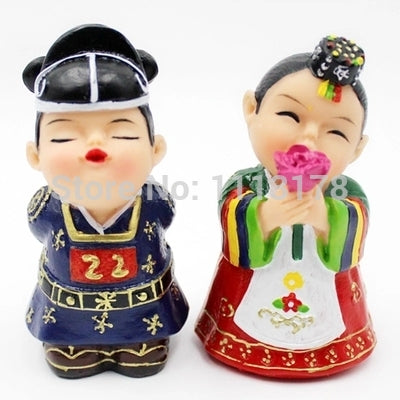 cheap wedding cake toppers Korean Hanbok Korean Folk resin dolls bride and groom ornaments figurines Valentine's Day gift