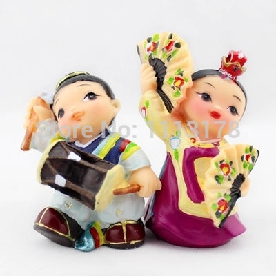 wedding cake toppers Korean Hanbok dancing playing Folk resin dolls bride and groom ornaments figurines Valentine's Day gift