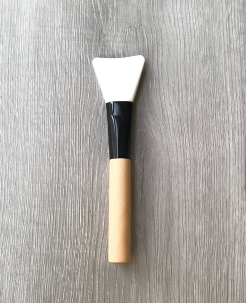 Clay mask brush
