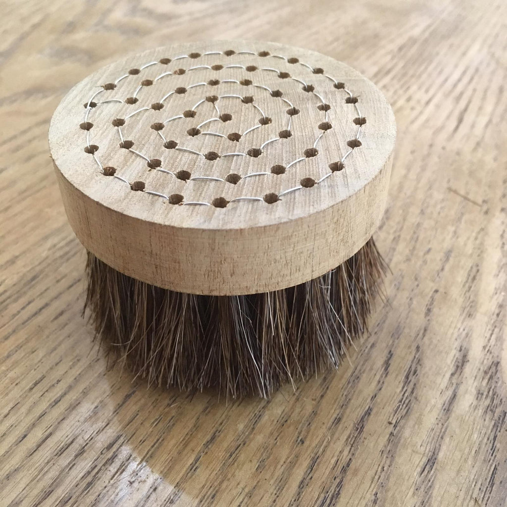 Round Horsehair Brush