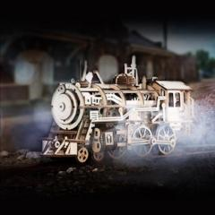 Wooden Mechanical Locomotive Model Kit