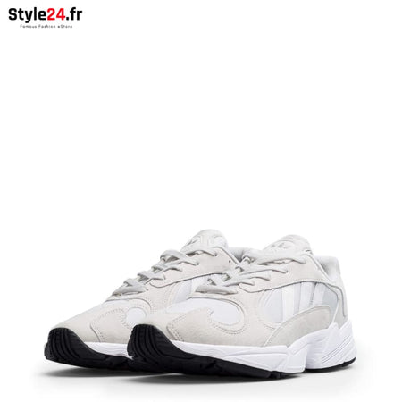 Adidas - YUNG-1 Chaussures Sneakers Brand_Adidas Category_Chaussures Color_Blanc Gender_Unisex Subcategory_Sneakers www.style24.fr