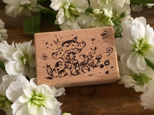 Meow / Beech wood stamp - Rabbit and the Mushroom