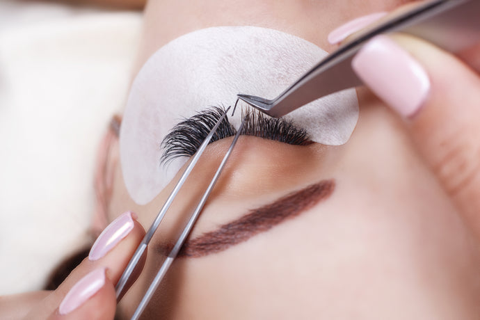1 DAY CLASSIC EYELASH EXTENSION COURSE - $999