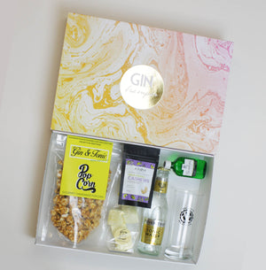 Luxury Gin Gourmet Treat Hamper