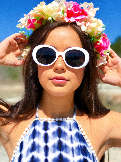 Go-Go Girl Retro Sunglasses - The Flawless Babe Boutique