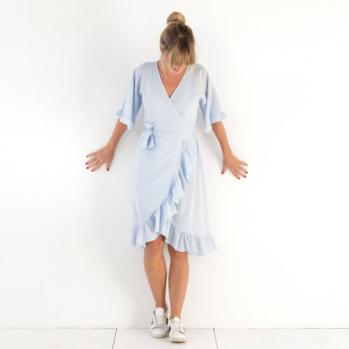 Lotta Wrap Dress Sky blue stripe