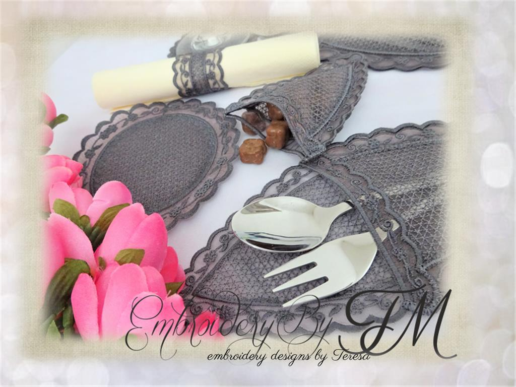 Elf booties FSL- decorations/ 5x7 hoop/ three variations