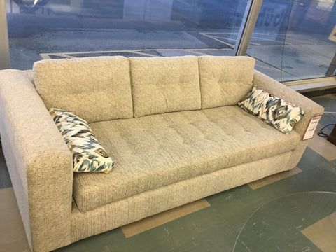 Birchwood Sofa 8925