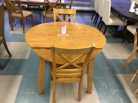 Drop leaf table