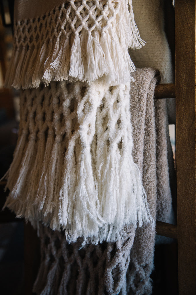 Fall Into Our Luxurious Alpaca Throws!