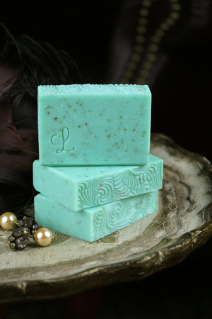 Roaring 20s Mint Loofah Soap Gilded Olive