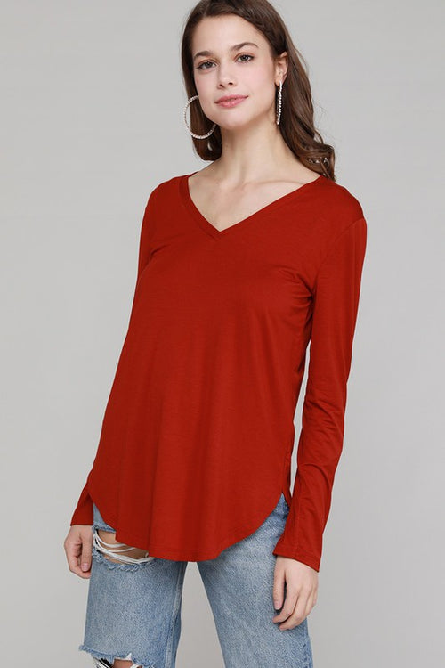 LETS BE CASUAL V NECK - RED