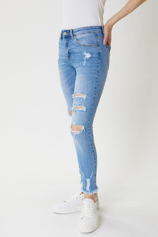 WITHOUT A CARE DISTRESSED DENIM
